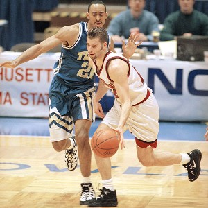Kellog had great handles as a college point guard and an even better goatee/sideburn combo.